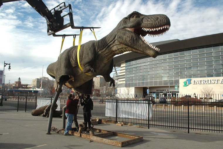 Dinosaur arrives to promote area attraction