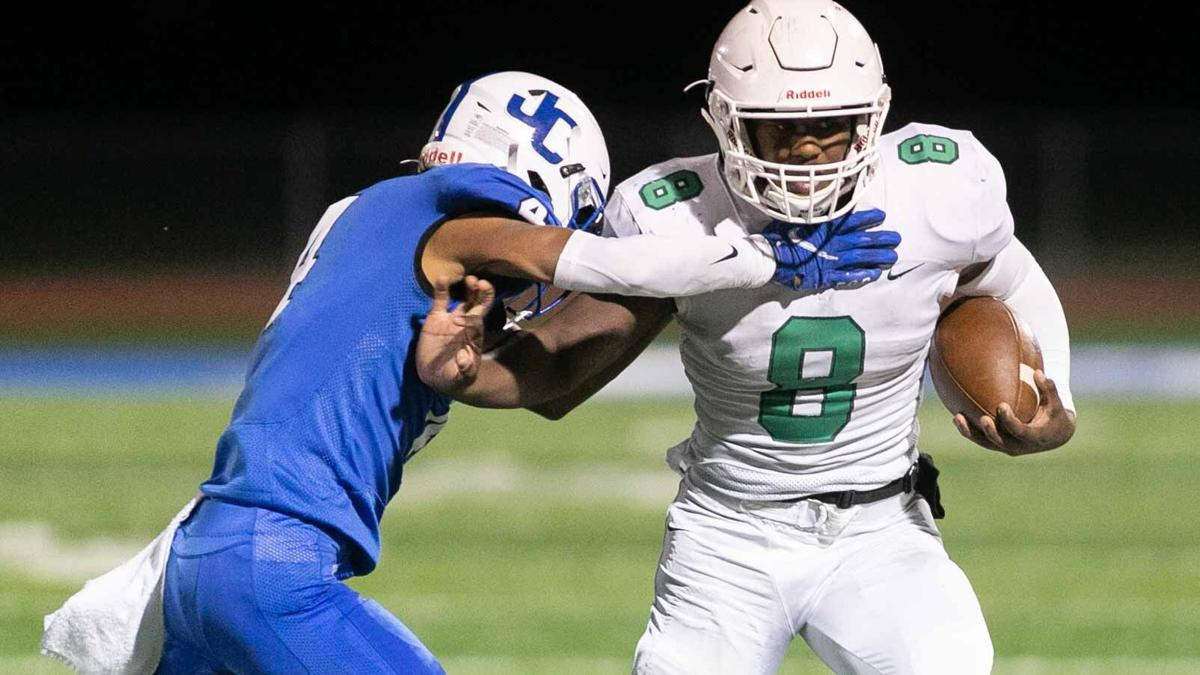 Derby's Wash named Gatorade Kansas Football Player of the Year