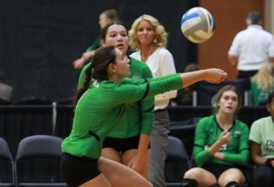 Sydney Nilles volleyball