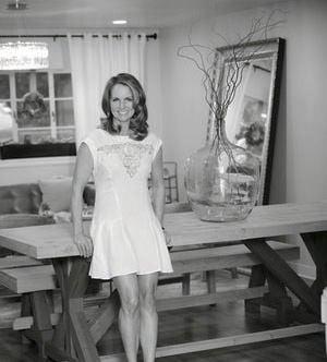 Jenny Schneider - Aprés Soleil Tans