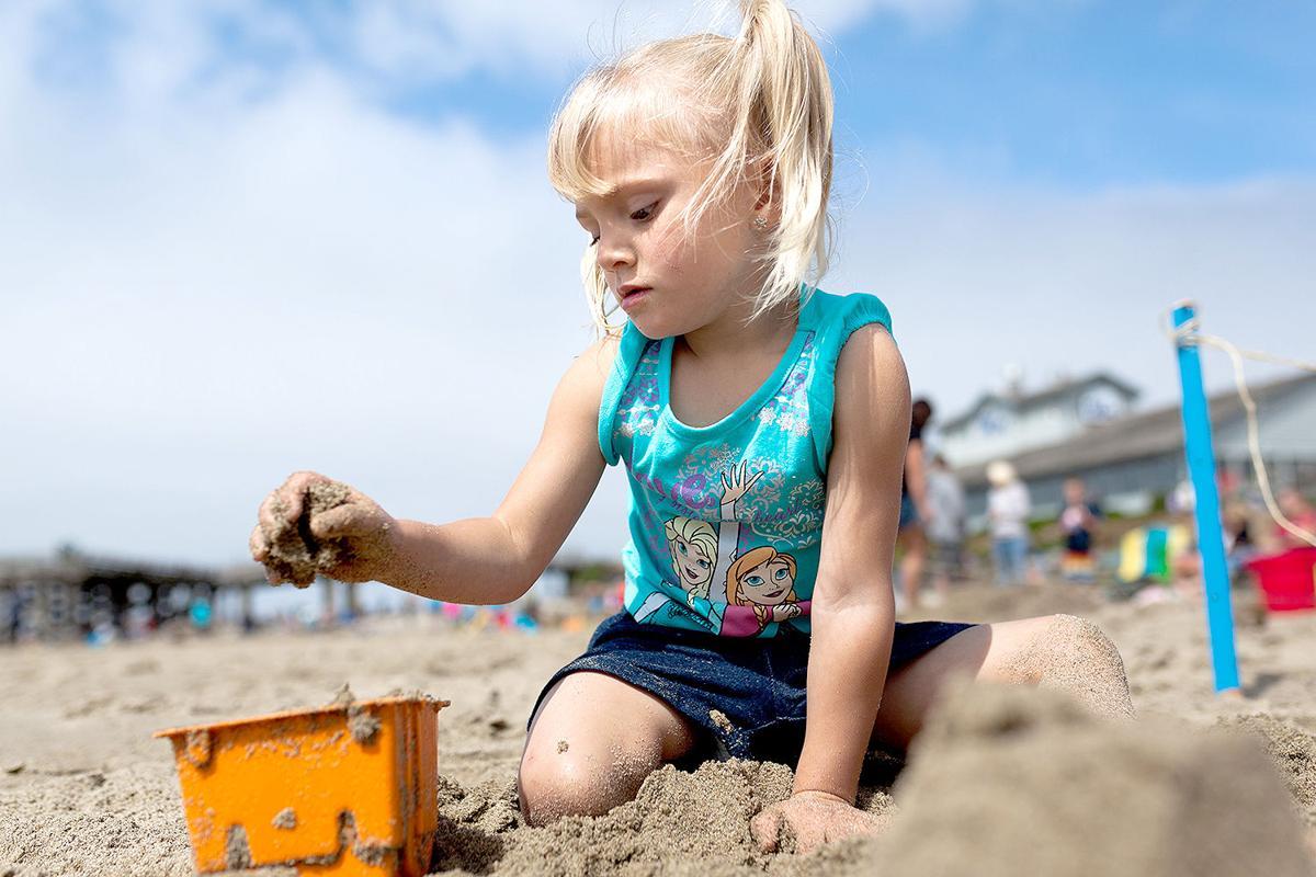 Bucket sandcastle