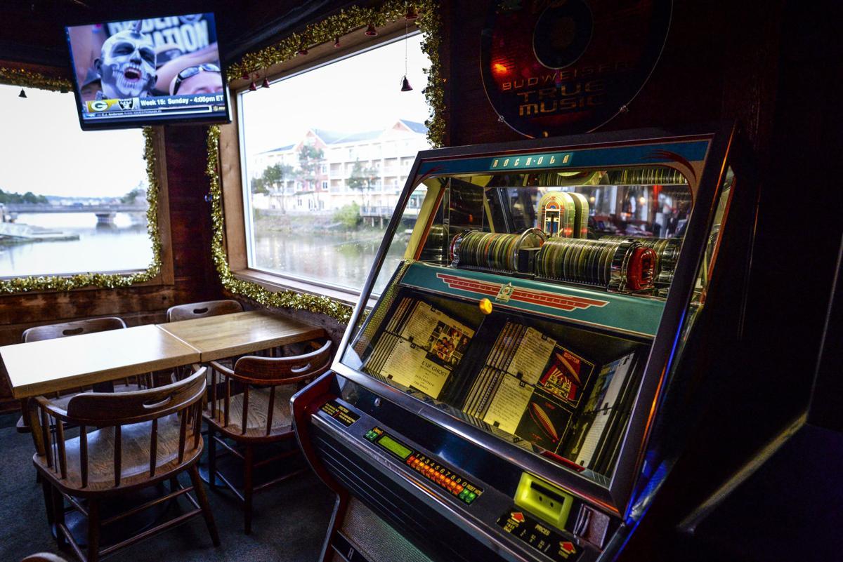 Columbia Bar: Love Potion #9