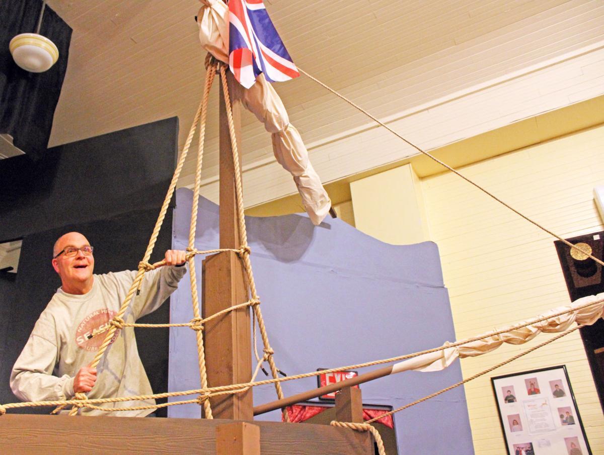Robert Scherrer in HMS Pinafore