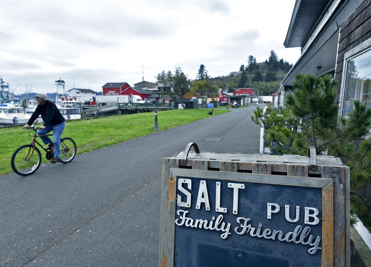 Salt Hotel & Pub