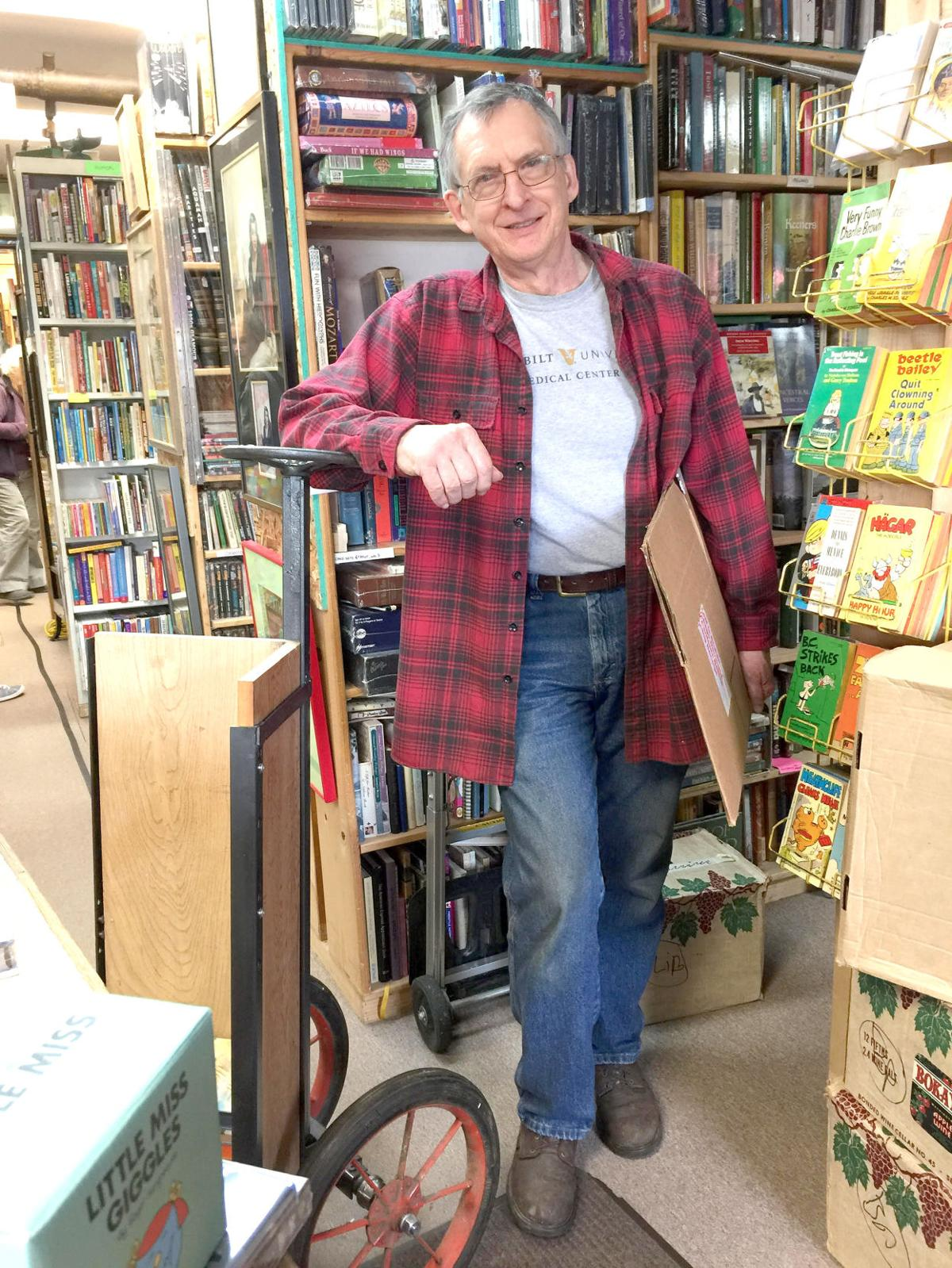 Pages for ages Robert's Bookshop marks 30 years in Lincoln City