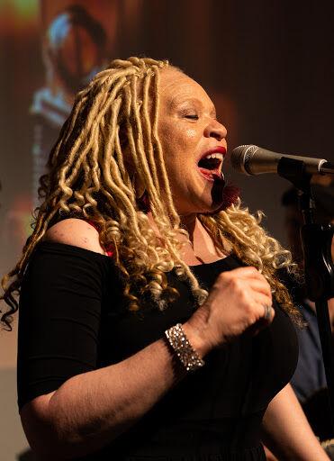LaRhonda Steele