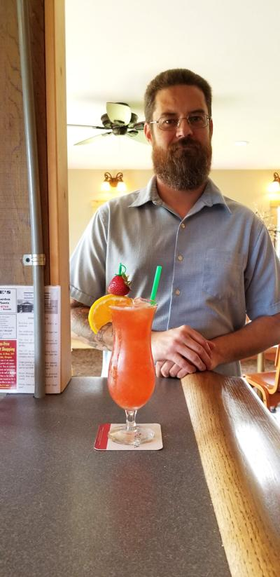 Columbia Bar: Strawberry Fairway