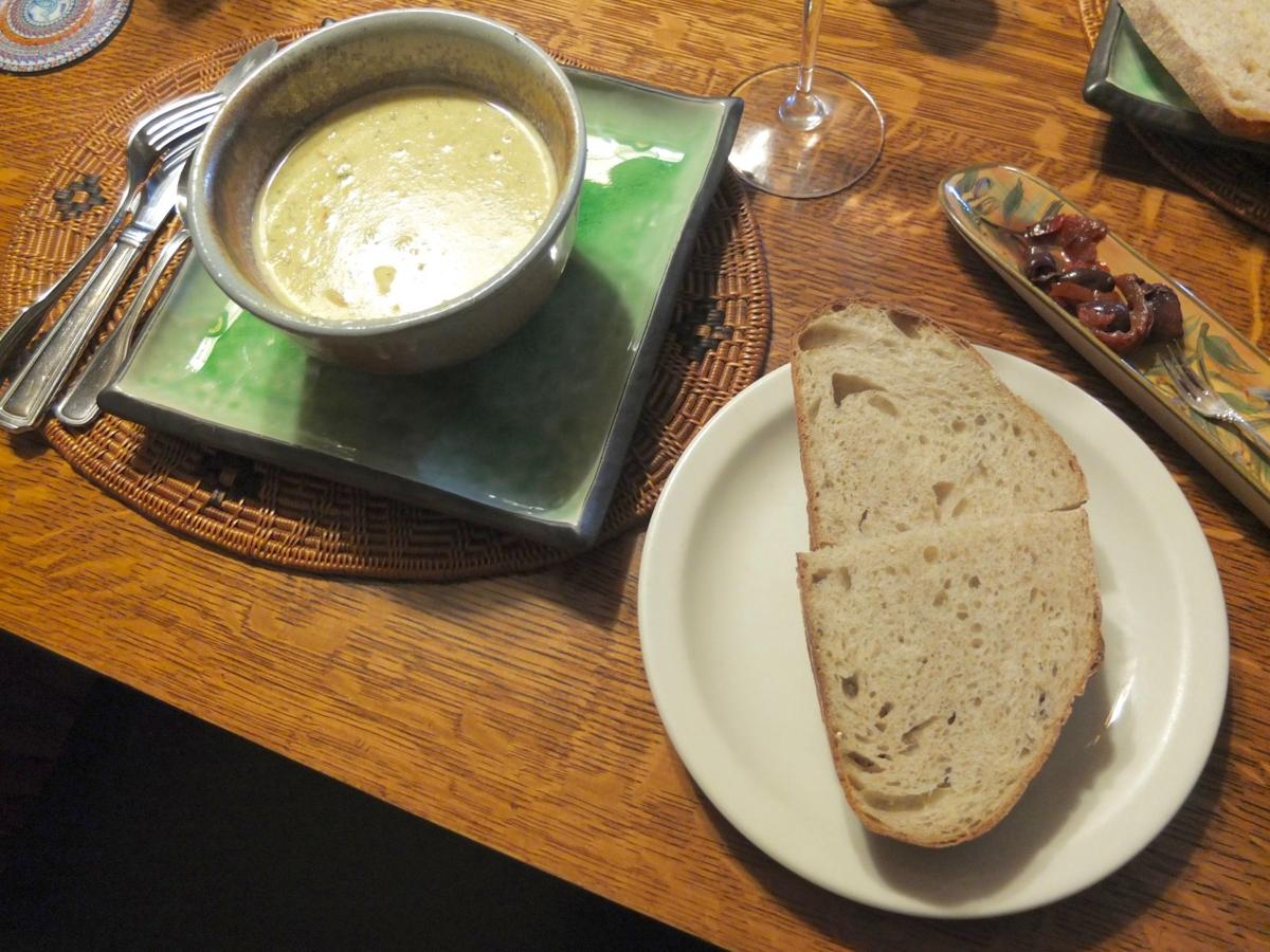 Crab Bisque and Bread