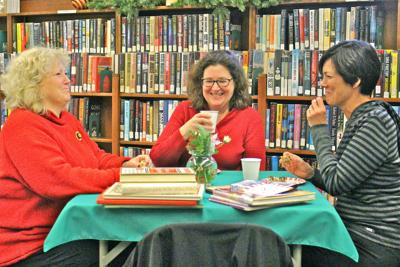Holiday tea time at Cannon Beach Library