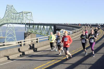 Hit your runner's high atop the Astoria Bridge