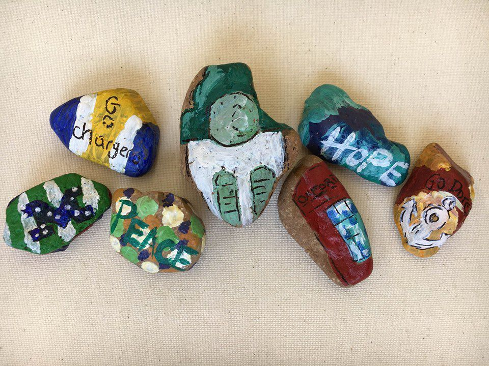38655 Rocks spreads cheer throughout Oxford | News | djournal.com