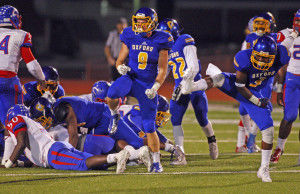 Chargers earn spot in 5A playoffs with rout of Wildcats