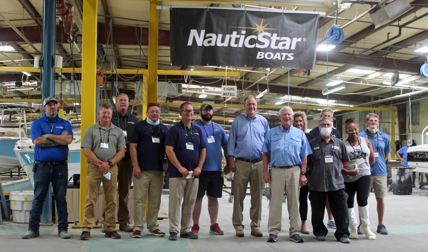mcj-2020-08-26-news-nauticstar-congressional-visit-jump