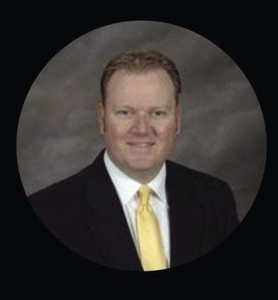Paul Henry named New Albany Middle School principal