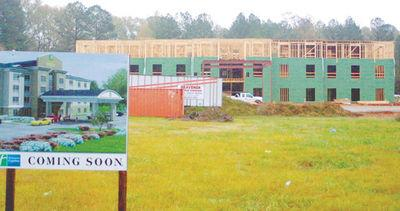 Construction begins on Holiday Inn Express in Fulton