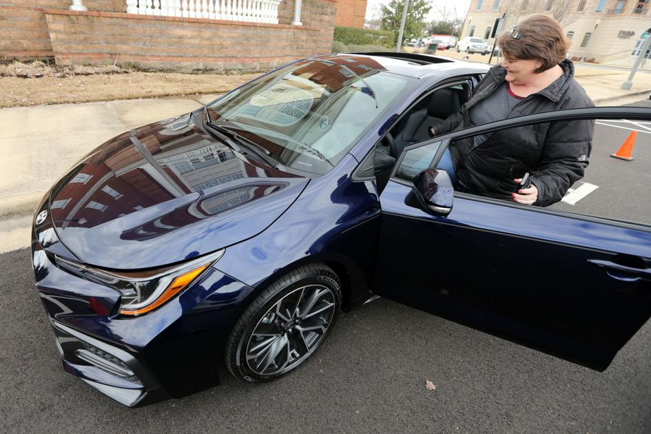 Fulton woman receives car won at New Year's celebration