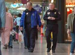 Holiday shoppers, heed safety advice