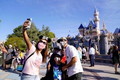 Virus-Outbreak-California-Tourism-Disneyland
