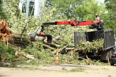 djr-2021-05-04-news-tupelo-tornado-arp26