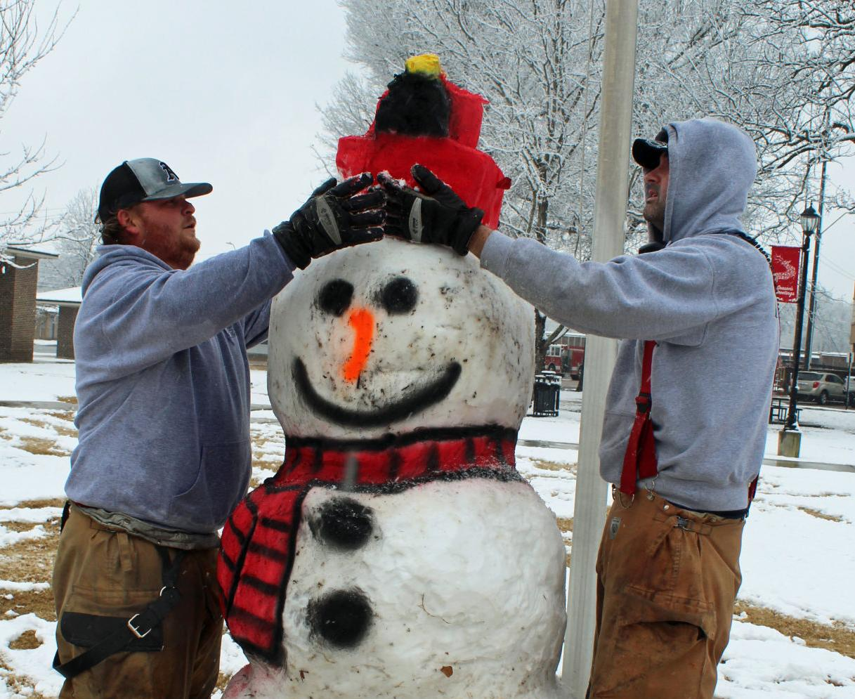 mcj-2021-01-13-news-snow-amory-snowman