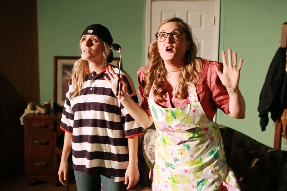 """TCT Off-Broadway presents """"The Odd Couple, Female Version"""""""