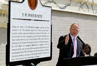 Tupelo unveils civil rights marker