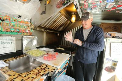 djr-2018-10-22-news-food-truckp1
