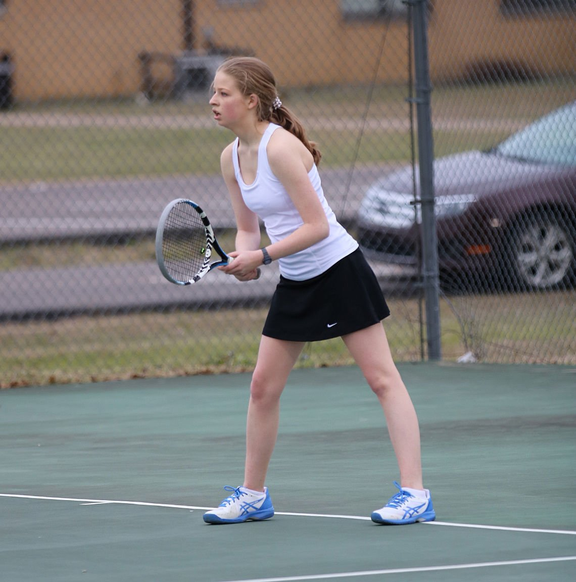 Panthers' tennis wins its first division match   Sports
