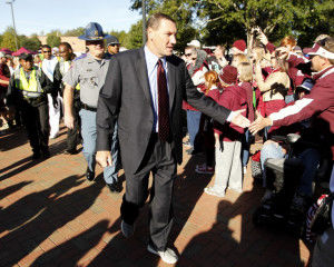 Bulldogs wary of improving Wildcats
