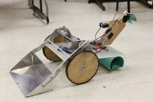 Tupelo Middle School students design robot