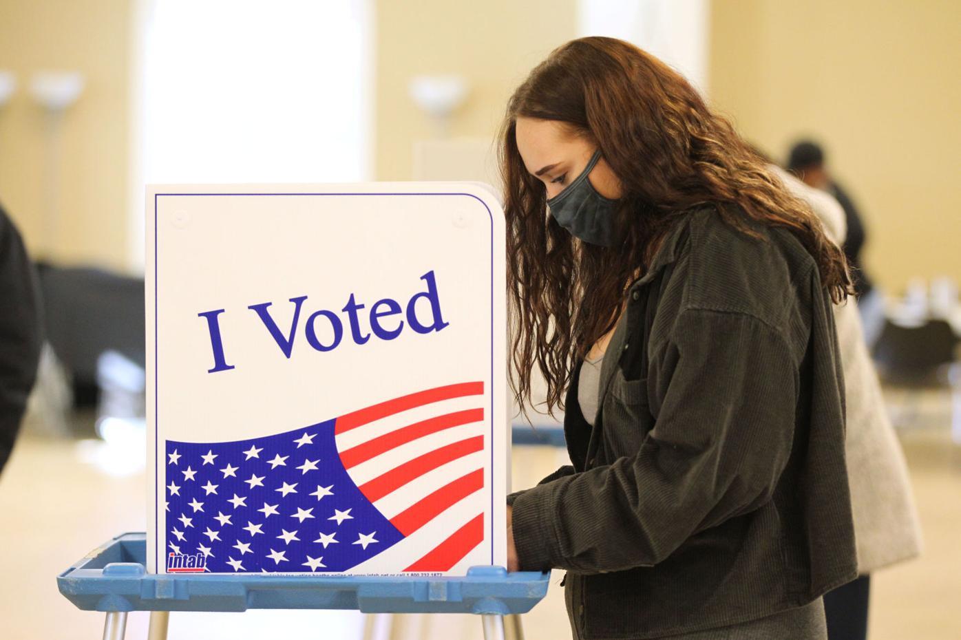 djr-2020-11-04-news-voting-twp2