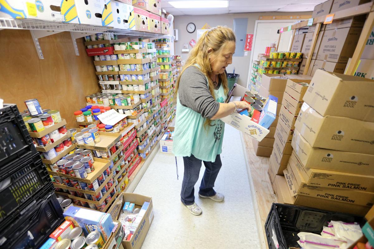 djr-2020-03-31-news-union-food-pantry-arp2