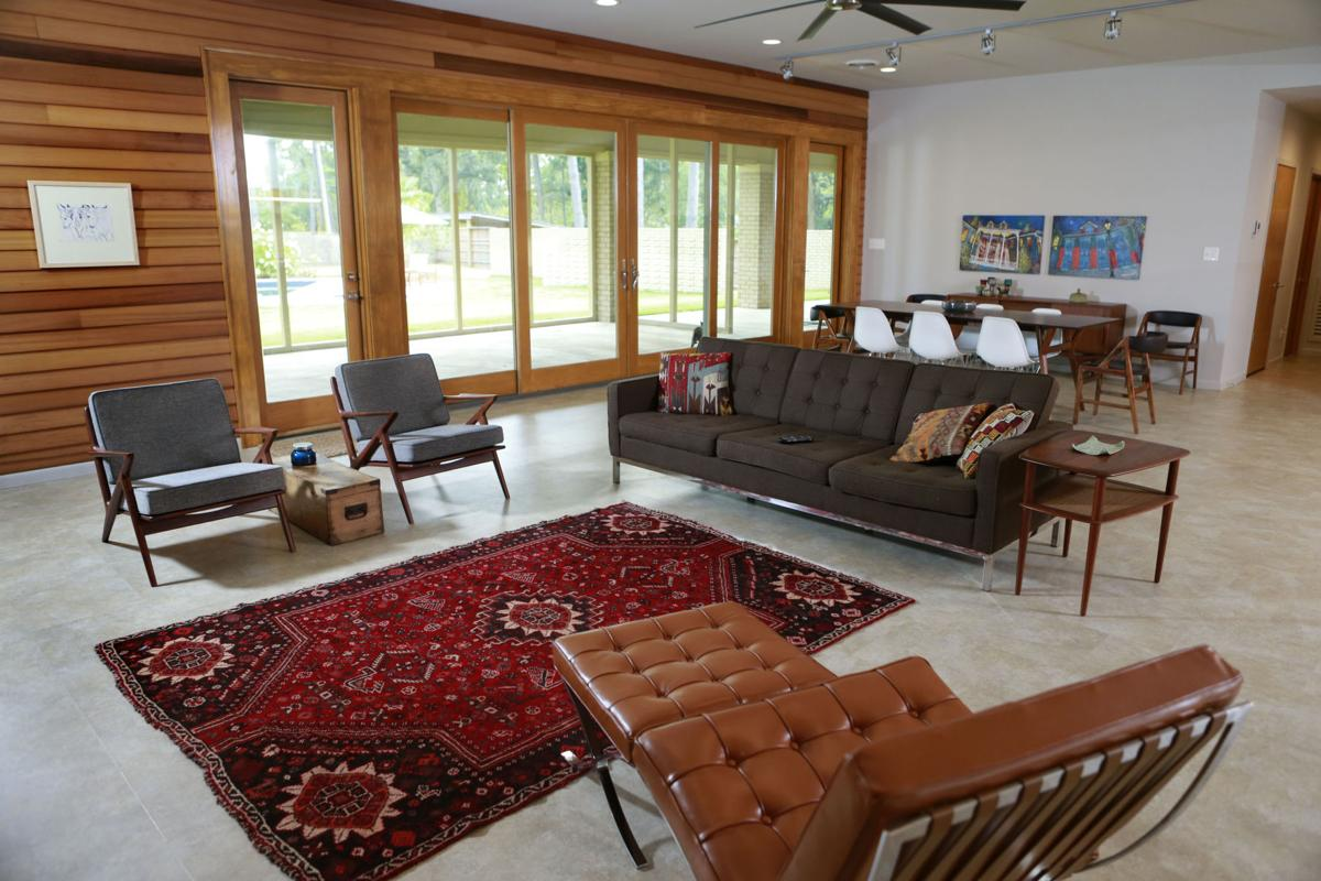 Mid-century modern: Builder gives tornado-damaged home new look ...