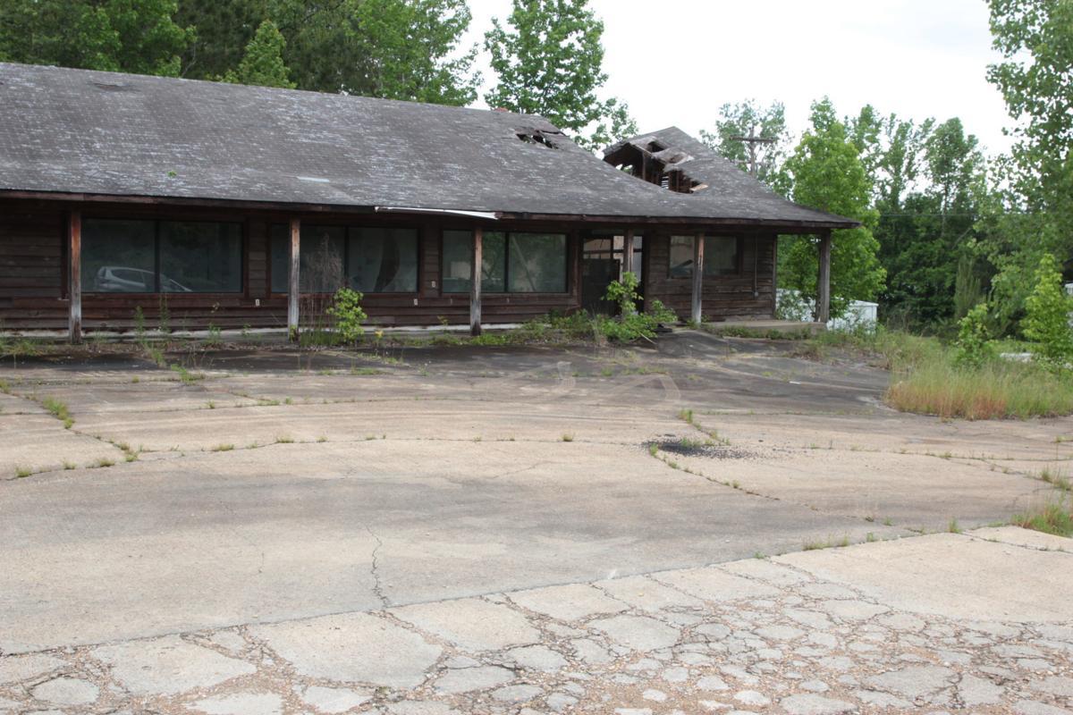 Lee County demolition 1234 CR 931