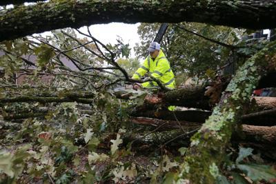 djr-2019-10-27-news-storm-damage-twp7