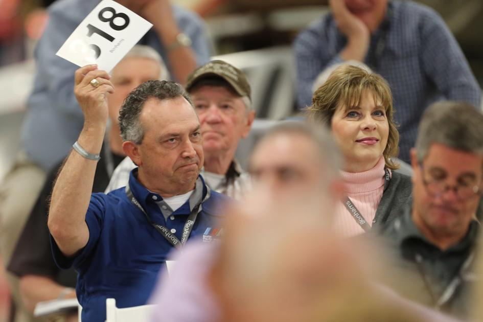 First day of Tupelo Automobile Museum auction off to fast start