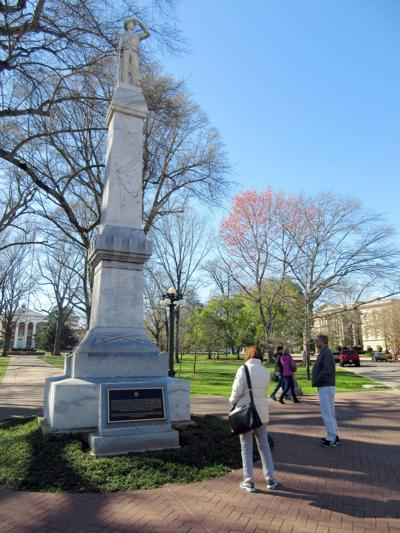 Ole Miss-Confederate Monument