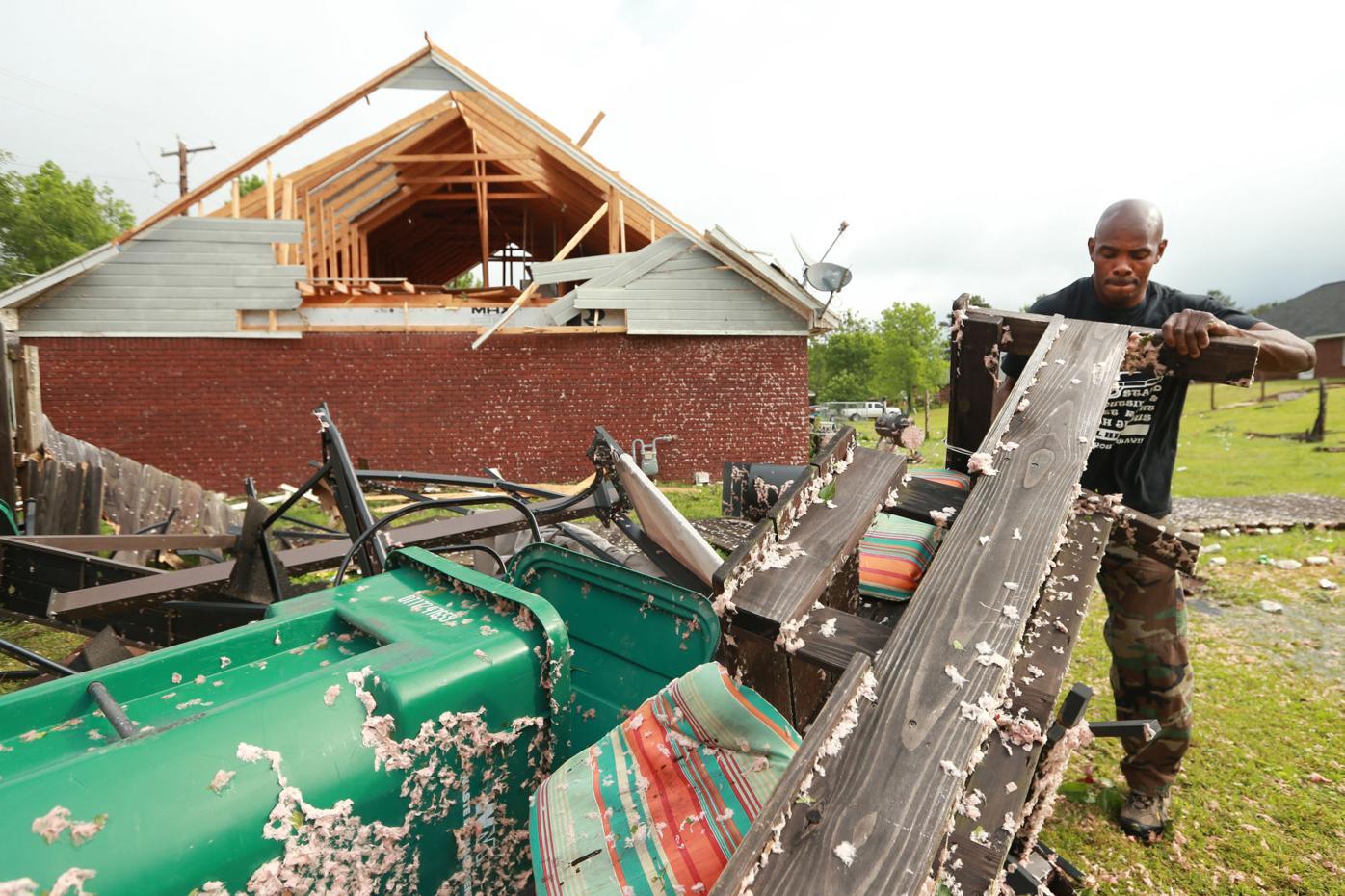 djr-2021-05-04-news-tupelo-tornado-arp1