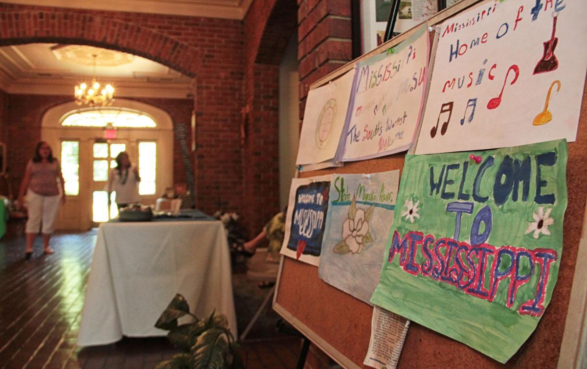 Welcome Center Tourism 01