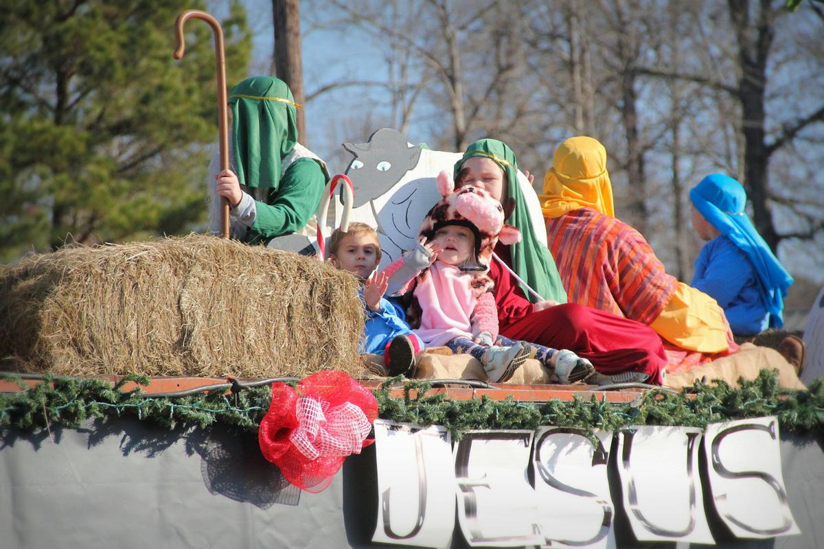 Tremont Parade 01
