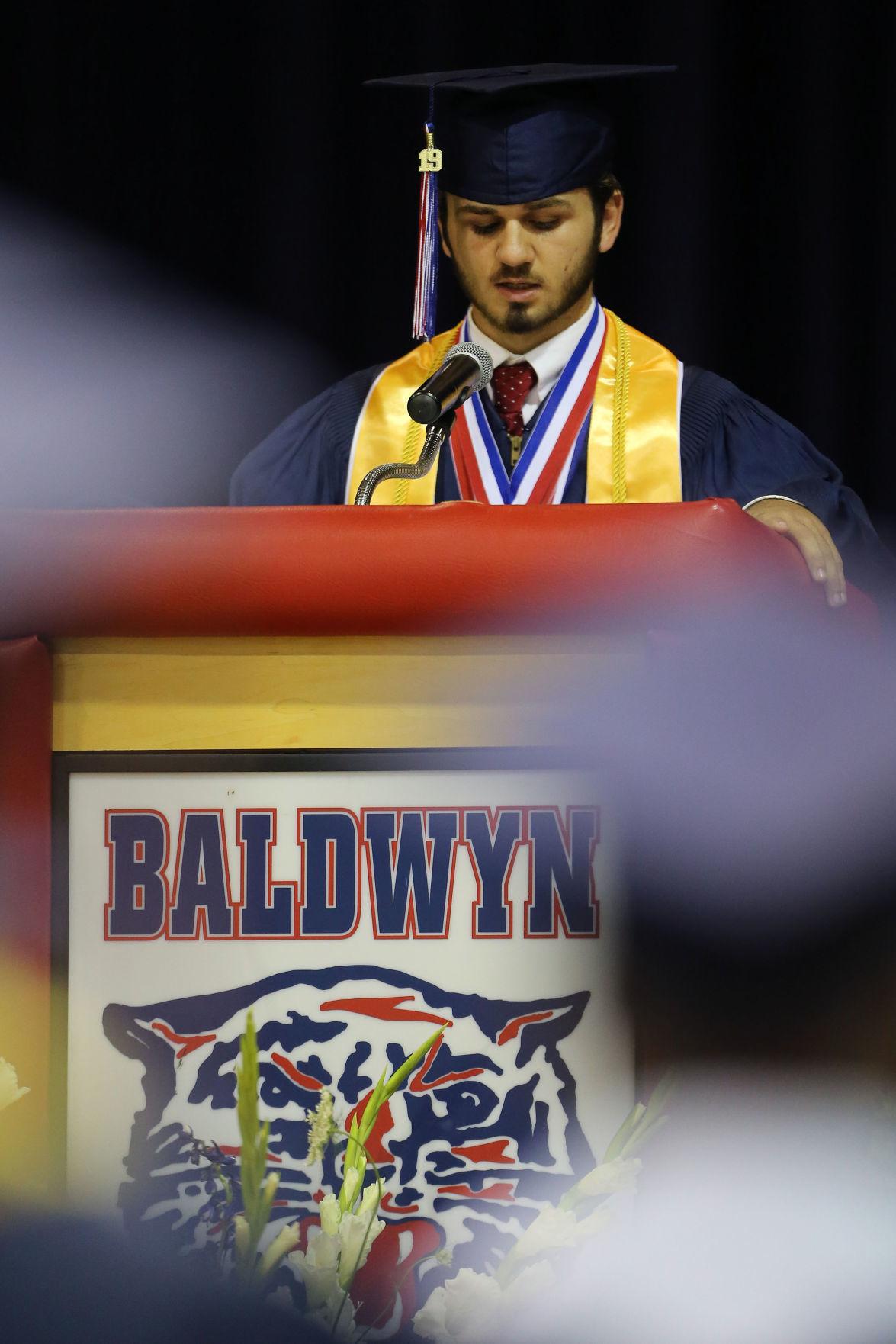 djr-2019-05-25-news-baldwyn-graduation-arp8