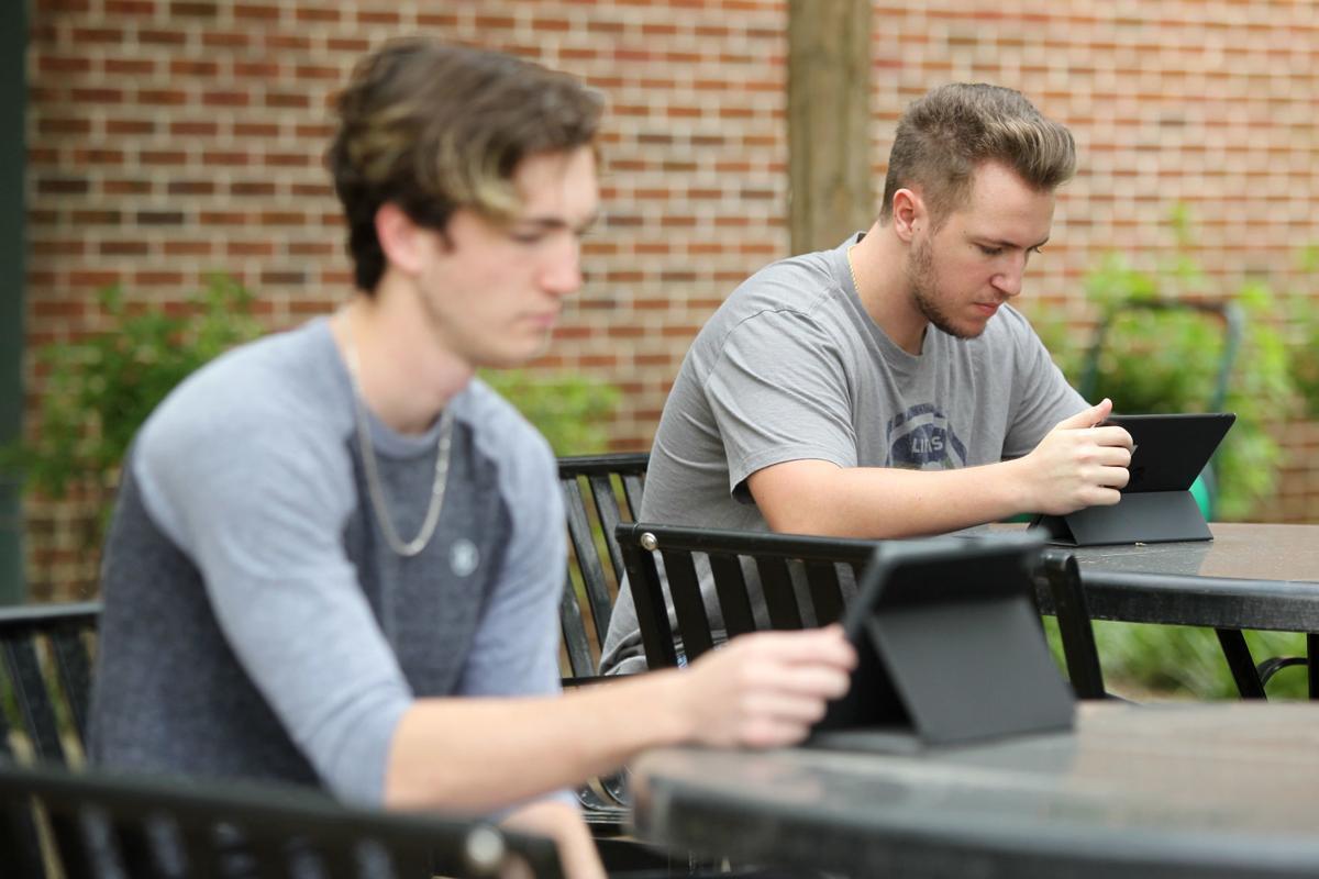djr-2020-05-17-news-college-enrollment-arp2