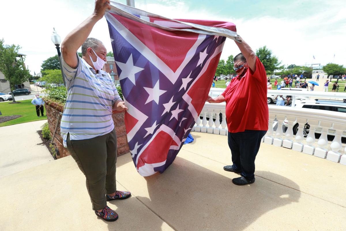 djr-2020-06-30-news-state-flag-twp1