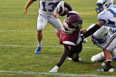 Eagles, Seminoles dive into division play