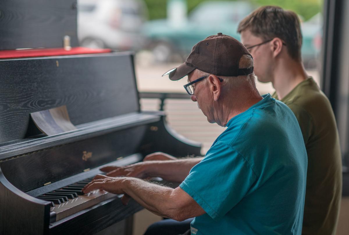 djr-2019-05-23-scene-oxford-pianop2