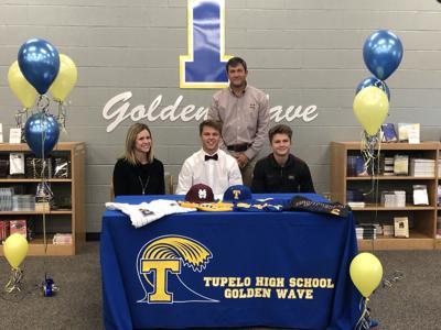 Peyton Puckett with family