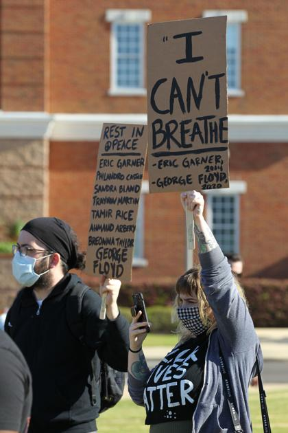 Rally held in Tupelo to protest death of George Floyd