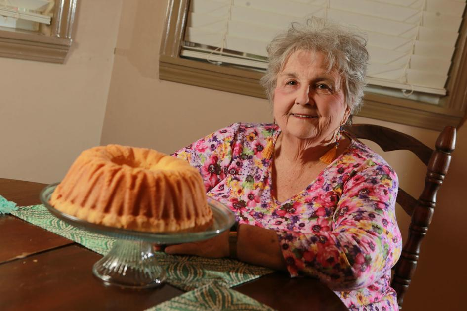 COOK OF THE WEEK: Algoma woman pleases people with pound cakes