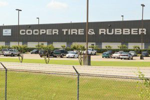 Cooper Tire-Apollo merger looks shaky