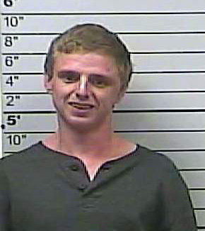 UPDATE: Mooreville man facing charges after chase with law enforcement